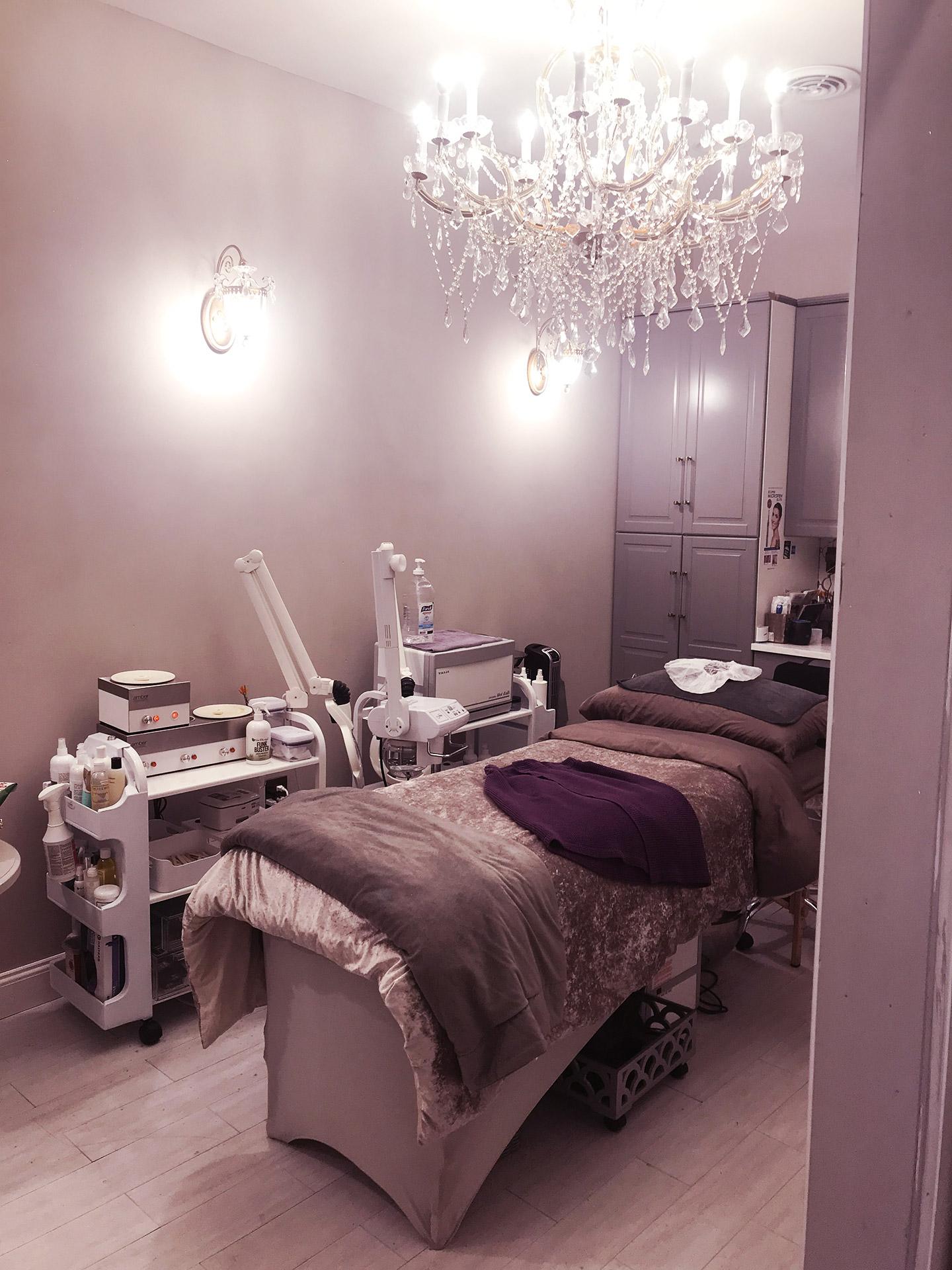 Cynthia Aesthetics Shop Interior2_Cynthia Aesthetics_Brooklyn, NYC Skincare, Hair Removal and Eyebrow Clinic